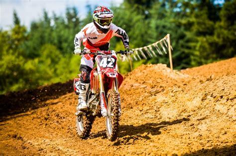 beginner motocross bike 5 mistakes dirt bike beginners motosport
