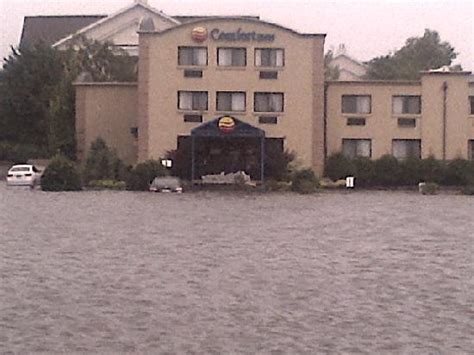 comfort inn edgewater new jersey comfort inn parking lot after storm picture of comfort