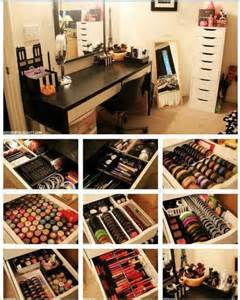 Makeup Vanity Organizer How 10 Creative Makeup Organization Ideas