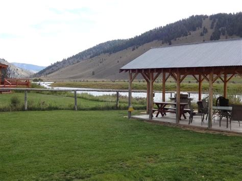 Redwood Cabins Stanley Id by Covered Cabana With Patio Bbqs And Tables Picture Of