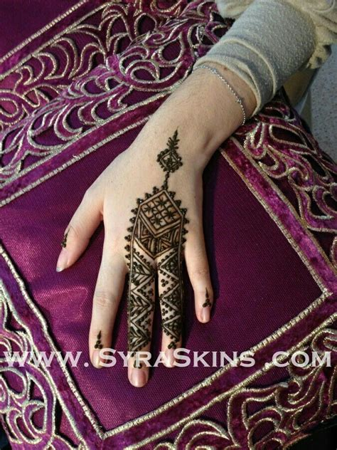 henna tattoo blisters top 25 ideas about henna designs on