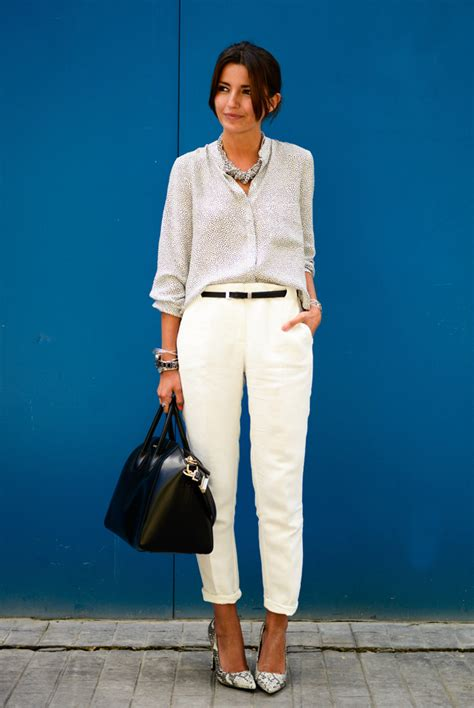 Atasan Blouse Chic Plus Necklace Y 30 chic work to wear this summer work summer business casual and casual