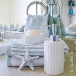 Star light star bright coastal style bath decor idea beach