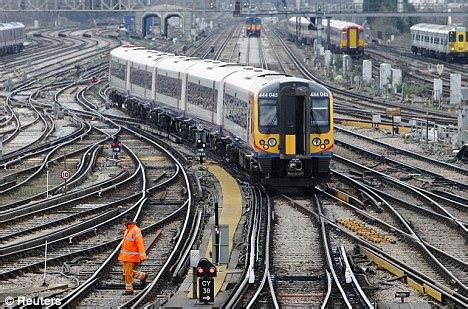 Goodnight Construction Box Set rail workers to vote on new strike ballot which could see