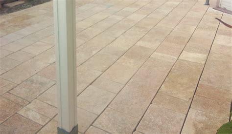Terrassenplatten 3 Cm Stark by Terrassenplatte Aus Naturstein Gelb Creme Mediterran