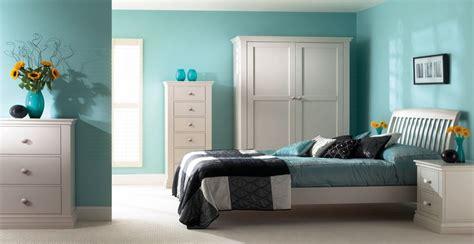 desain perpaduan warna cat rumah hijau tosca  interior