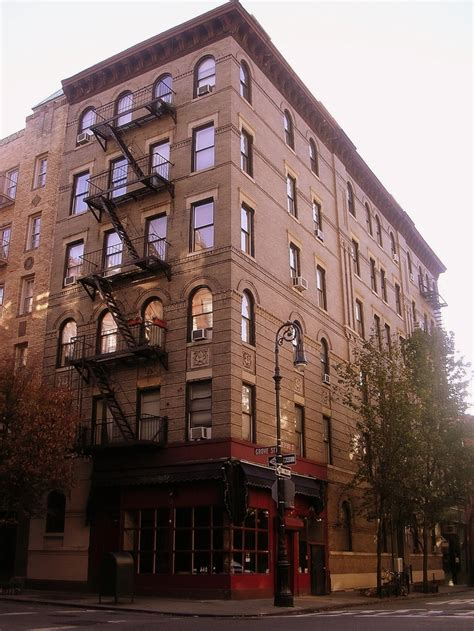 Apartment Building Used In Friends Quot Central Perk Quot On Grove Greenwich The
