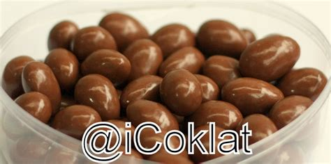 Cokelat L Agie Mix Ceres delfi almond