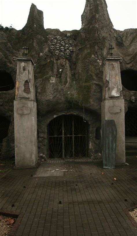 abandoned places to explore best 25 abandoned amusement parks ideas on pinterest