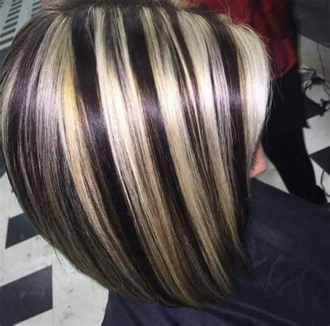 short hair cut and ash color streaks look grey pin by rima rourou on coiffure pinterest hair coloring
