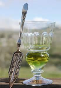 absinthe color file absinthe glass jpg