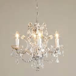 mini chandeliers for bedrooms 25 best ideas about bathroom chandelier on pinterest