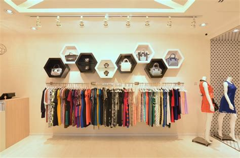 beauteous cloth interior design clothing boutique