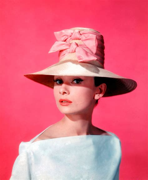 Hepburn Dress Pulls In The Dough by Hepburn S 25 Greatest Fashion Moments Huffpost Uk
