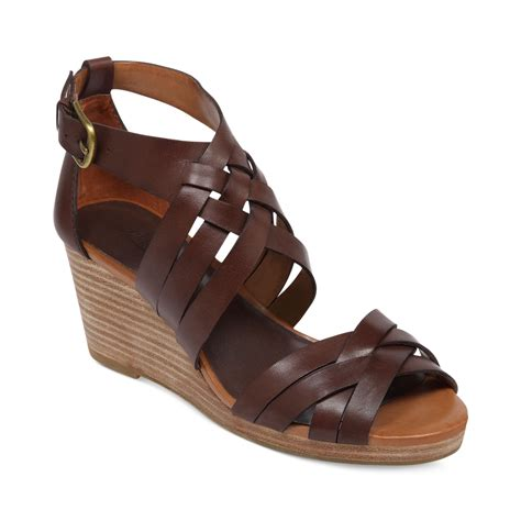 lucky brand wedge sandals lucky brand kalistoga wedge sandals in brown tobacco lyst