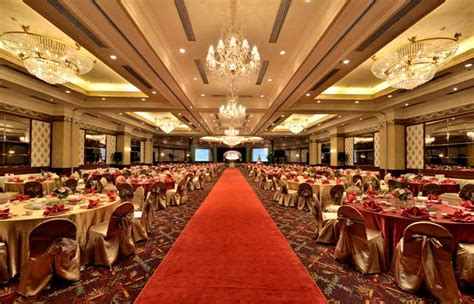wedding package grand aquila bandung grand aquila hotel bandung wedding venues