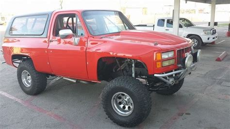 prerunner blazer k5 with prerunner fenders also looks like a long travel