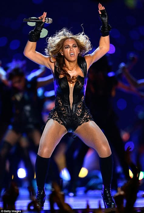 Beyonce Superbowl Meme - beyonce is caught unawares in yet another series of