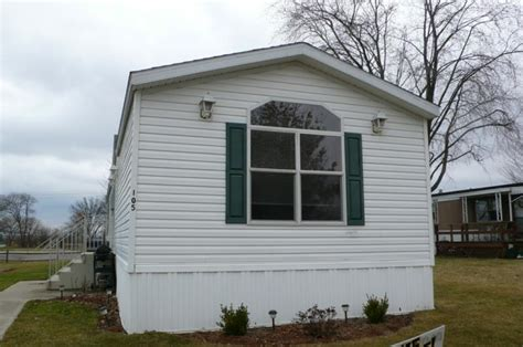 two bedroom mobile homes 2 bedroom and 2 bathroom mobile home for sale in lowell