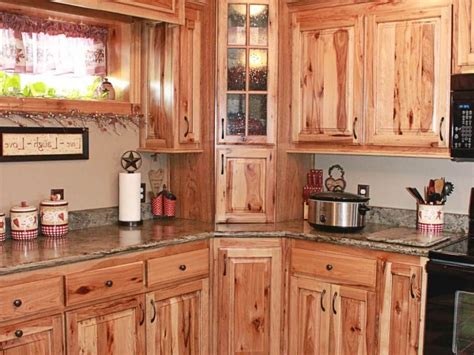 Hickory Cabinets Kitchen by Rustic Hickory Kitchen Cabinets Manicinthecity