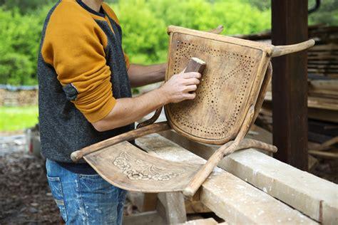 stuhl lackieren anleitung stuhl abschleifen 187 anleitung in 5 schritten