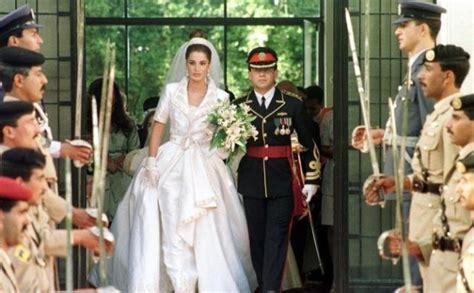 fiori di ba why the white wedding dress affashionate