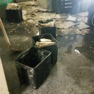 ufficio prenotazioni molinette torino per un tubo dell acqua rotto crolla controsoffitto
