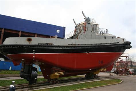 pella shipyard - Tugboat Hull Design