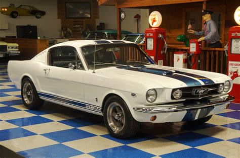 1965 mustang fastback white 1965 ford mustang fastback gt350 tribute white blue