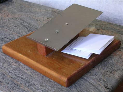 Paper Folding Jig - northwest lichenologists curation materials