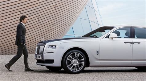 rolls royce ghost length rolls royce ghost 2016 wheel base in uae new car