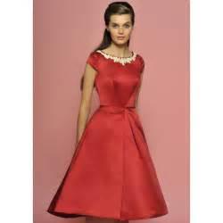 Red Vintage Cap Sleeves Knee Length Wedding Dress   Star