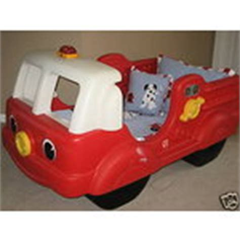 Step 2 Firetruck Bed by Step 2 Truck Toddler Bed Sandbox P U Mi 07 13