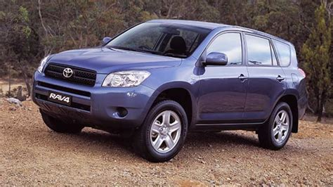 how to work on cars 2006 toyota rav4 engine control used toyota rav4 review 2006 2010 carsguide