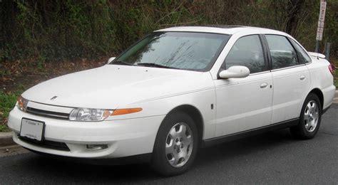saturn car dealer the motoring world ex saturn dealer to sue gm s financial