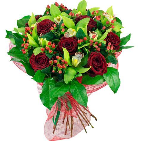 ramo de rosas rojas regalo perfecto para mama este 10 de mayo how to make a bouquet of red roses ramo de flores imaginaci 243 n a domicilio con flores4you