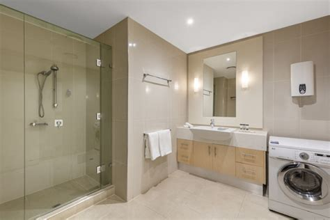 discount bathrooms and kitchens lonsdale oaks on lonsdale melbourne hotel apartments