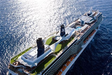 Silhouette Nov 2015 Cruise   Bliss Cruise
