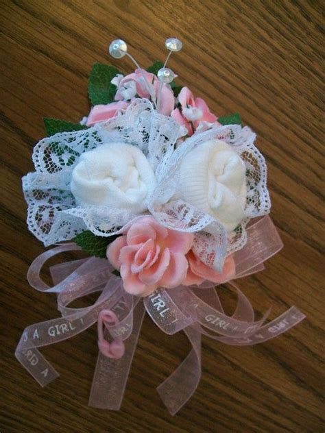 Sock Corsage For Baby Shower by 25 Best Ideas About Baby Sock Corsage On Baby