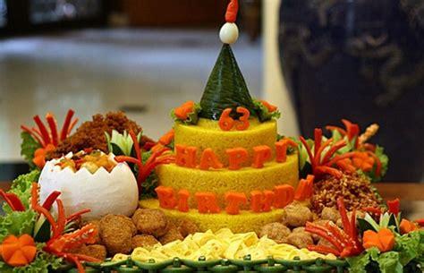 cara membuat nasi kuning untuk ulang tahun anak contoh gambar nasi tumpeng ulang tahun 085692092435