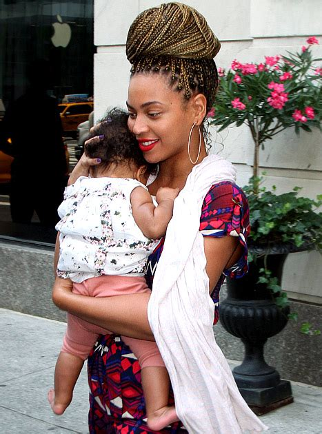 beyonce and blue ivy carter blue ivy carter beyonce yes welcome to the throne
