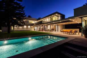 Designer Luxury Homes by Modern Day Bauhaus Home Is A Contemporary Masterpiece