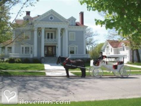 bed and breakfast traverse city antiquities wellington inn in traverse city michigan