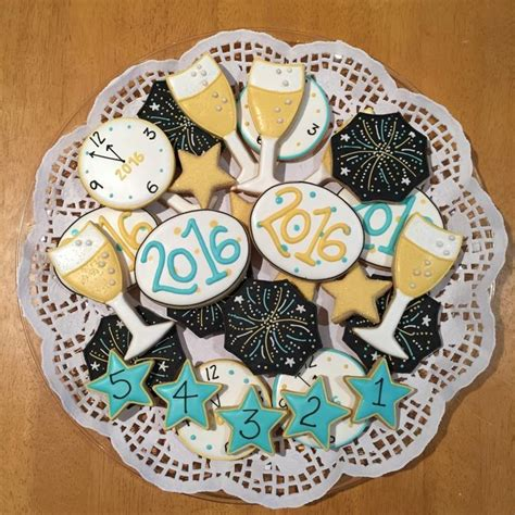 new year cookies 186 best cookies new year images on decorated