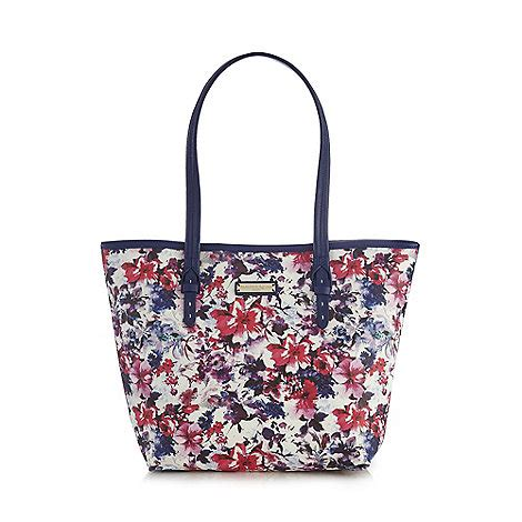 bailey quinn bailey quinn navy floral printed shoulder bag debenhams