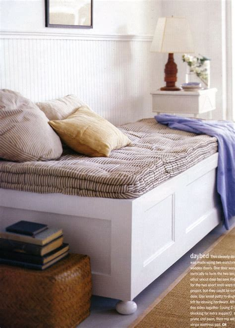 diy daybed ideas diy daybed made from doors this cleverly designed daybed was made using two matching full size