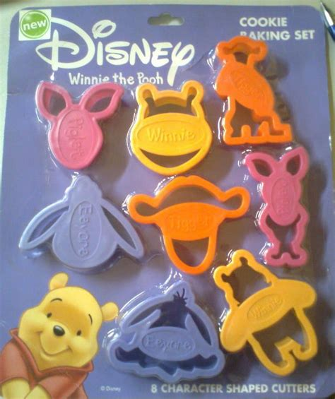 Hv8776 Cookies Mold Winnie The Pooh Tigger 2 In 1 Kode Bis8830 2 winnie the pooh cookie cutter cookieland cookie cutter collection cookie cutters
