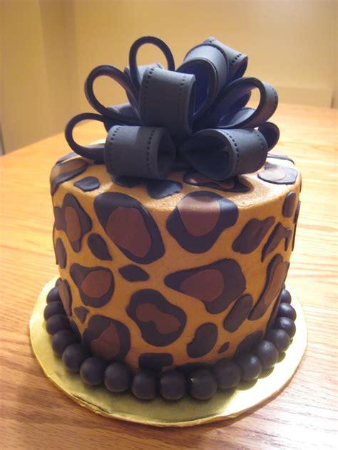 leopard birthday cake leopard print cake cakecentral com