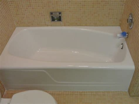 refinish porcelain bathtub bathtub refinishing bath tub regalzing bathtub repair