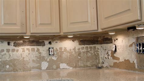 under kitchen cabinet lighting how to install under cabinet lighting video withheart